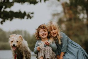 family wth pet photoshoot