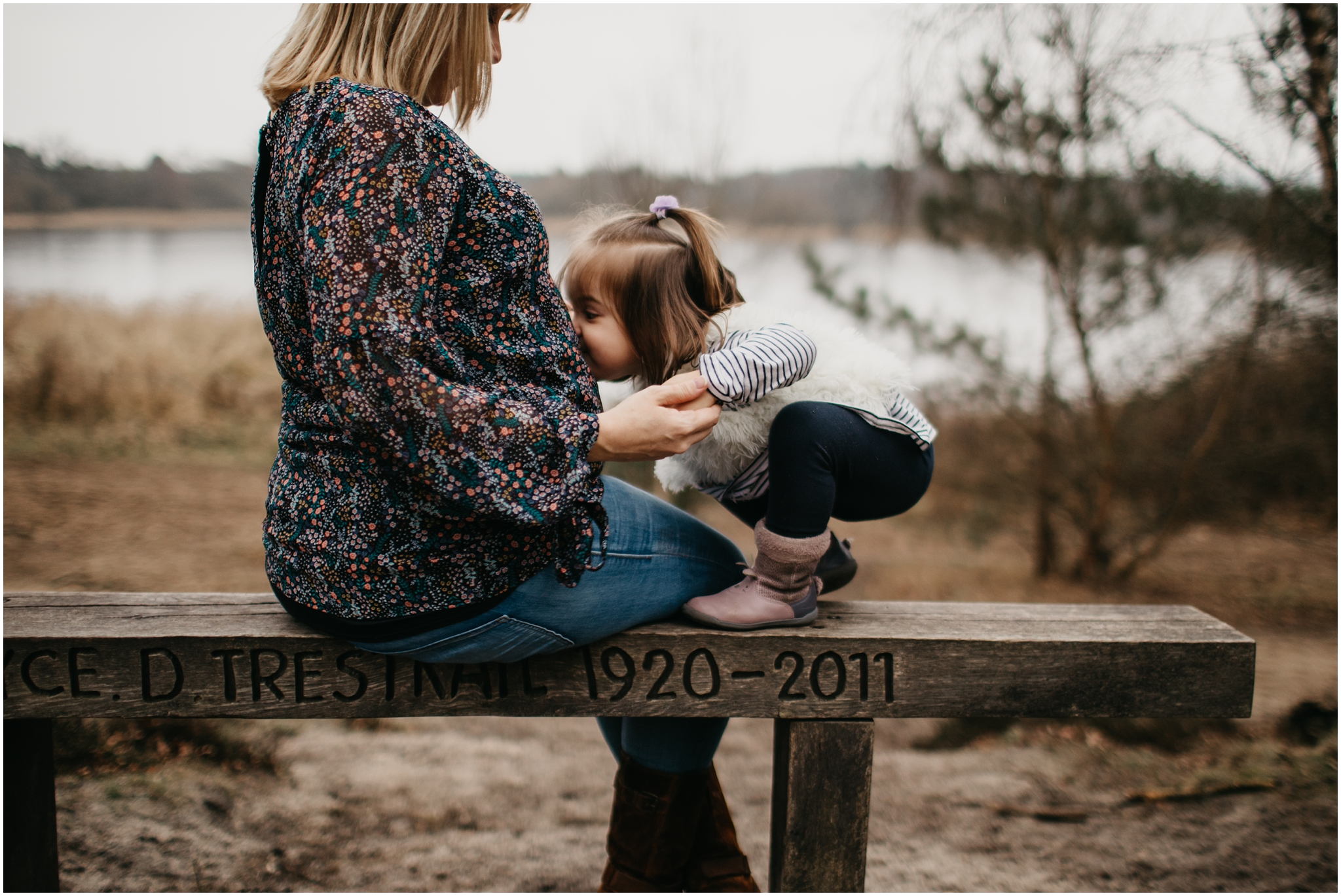 15 Maternity Photography With Siblings