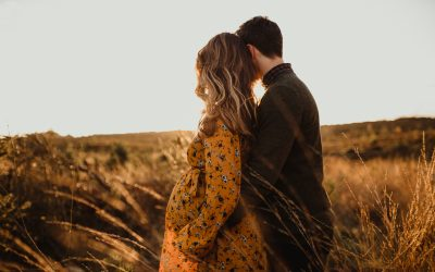 When is the best time for a maternity session?
